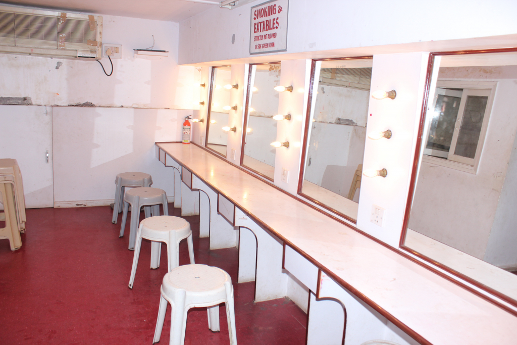 Auditorium Green Room : Photography By Venkatesh A.G.