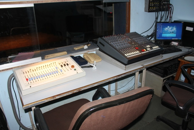 Auditorium Control Room : Photography By Venkatesh A.G.